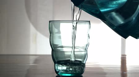 безопасный : Clear water with Filter for water and glass