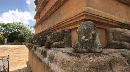 seylan : Anuradhapura, Sri Lanka, part of Dagoba stone products close-up 4K Stok Video