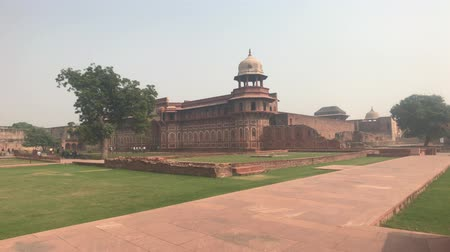 geliştirmek : Agra, India, November 10, 2019, Agra Fort, beautiful old building of red stone 4K Stok Video
