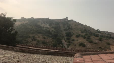 amer fort : Jaipur, India, November 05, 2019 Amer Fort beautiful view of the mountainside 4K Stock Footage