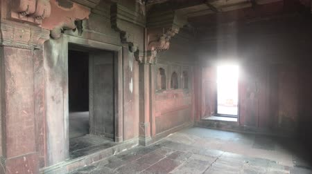 slum : Agra, India - Agra Fort, room in the building of the old fort 4K