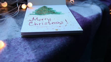 crayon couleurs : Sketch hand art drawing of x-mas tree with merry Christmas Vidéos Libres De Droits