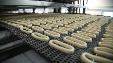 fırınlama : The production process of bagels