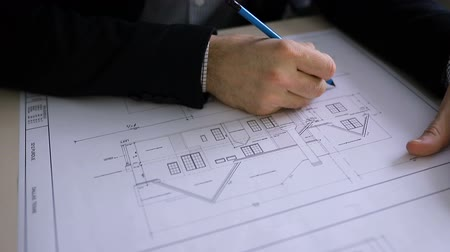 felülnézet : Architect Designing Building Plan