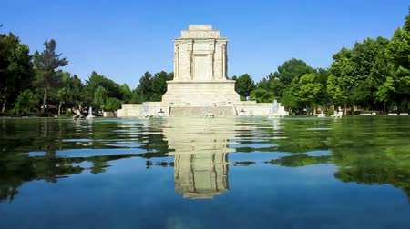költő : Tus Panoramic Tomb of Ferdowsi with Pond Fountains and Trees