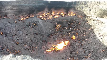 methane : Darvaza Gas Crater Pit Breathtaking Close Up Flames View