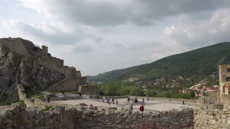 다뉴브 강 : Devin Castle Fortified Walls Rocks at Walking Tourists at the Courtyard and Breathtaking Picturesque Landscape View