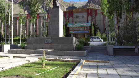 temyiz : Khorugh GBAO Gorno-Badakhshan Autonomous Region Government Building and Ismoil Somoni Statue on a Blue Sky Blue Day