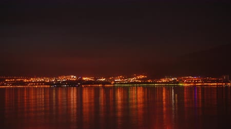 rosja : Timelapse. Beautiful evening sky over night city and sea