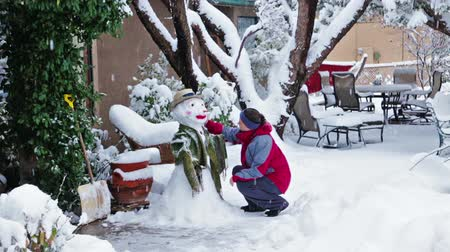 gramado : Making snowman Stock Footage