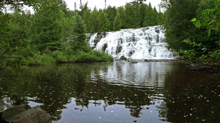upper peninsula : Bond Falls