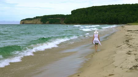 upper peninsula : Sand Point Beach