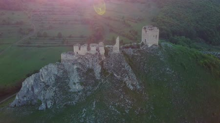 Румыния : Aerial view of Coltesti medieval castle, Transylvania