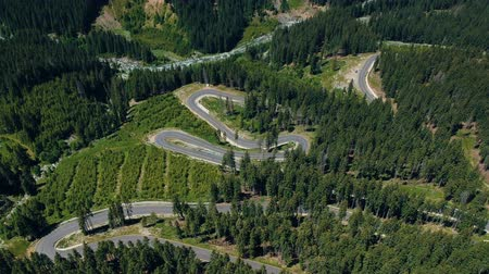 navíjení : Aerial view of Transalpina mountain road, Romania