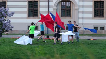 wrocław : Wroclaw, Poland 12 May 2018: protest, group of men with flags walking in circle near city administration in Wroclaw, 12 May 2018. Wideo