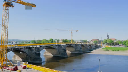 yeniden yapılanma : Dresden, Germany 18 May 2018: restoration of the bridge of Augustus in Dresden, 18 May 2018. Stok Video