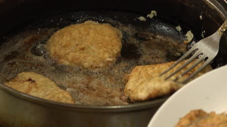 rabble : Fried Meat Making With Raw Ingredients.. 4K UltraHD, UHD