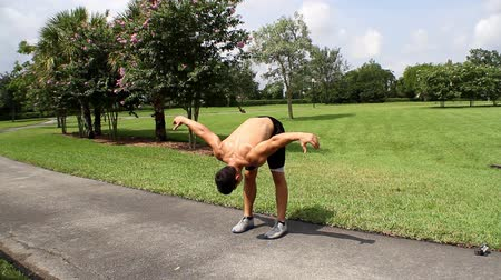 jimnastik : HD: male stretching before a fitness workout session Stok Video