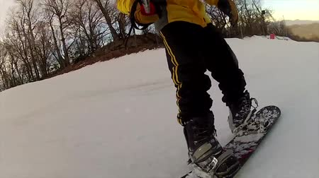wipe off : Snowboarding on fresh snow