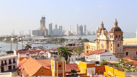 Колумбия : View of the historic center of Cartagena Colombia with the Caribbean Sea visible in the background Стоковые видеозаписи