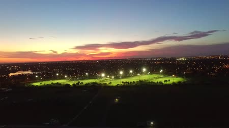 jogador de futebol : Aerial view of soccer fields. night lights.