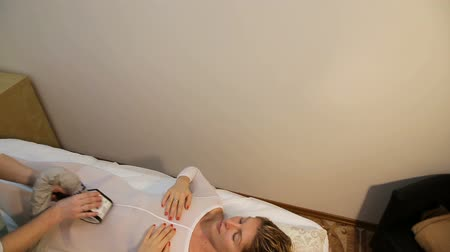 przychodnia : Woman is in the process at the clinic lipomassage.LPG massage in the beauty center.