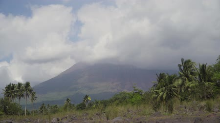 legazpi : Mount Mayon volcano, the most active in Philippines. Mount Mayon vulcano near Legazpi city.