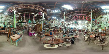 antiquado : vr360 antique street shop with old, vintage items. antiques for sale. Bali Indonesia Vídeos