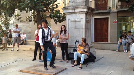 Çingene : Flamenco performers in the streets of Granada. Spain