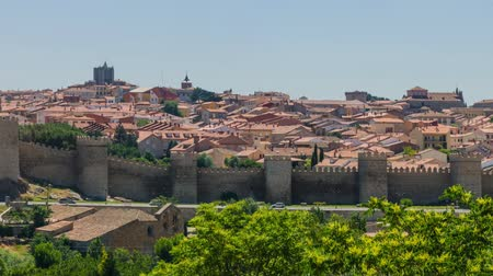 edifício exterior : Avila. Panorama of the city of Avila de los Caballeros, Castile and Leon, Spain
