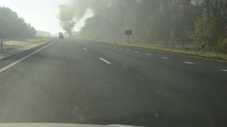 baleset : car fire in the highway