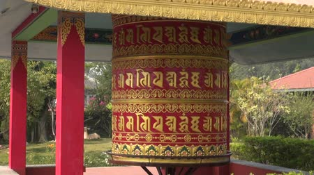 tybet : big beautiful buddhist prayer wheel in Lumbini, Nepal Wideo