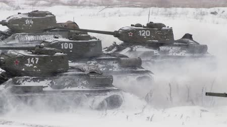 cold : Russian Tanks T34 launched an all-out attack against the enemy. Audio included