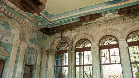 abandoned house : Panorama inside an old abandoned building