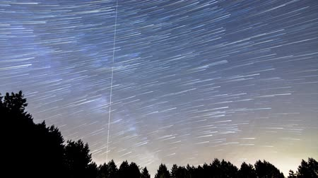 yolları : Beautiful Star Trails Milky Way Time-lapse Long Tales Stok Video