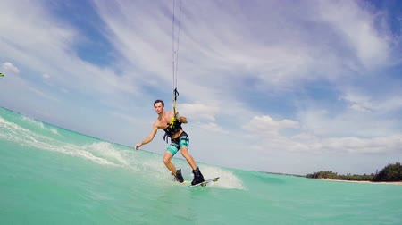 adrenalin : Young Man Kitesurfing in Ocean. Extreme Summer Sports HD. Slow Motion. Dostupné videozáznamy