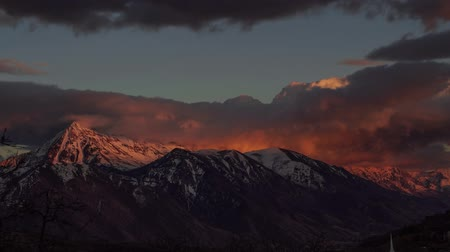 alpinism : Time lapse of clouds over wasatch mountain range in Utah Stock Footage