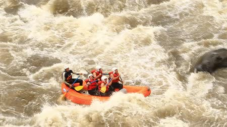 tutaj : White water rafting on the rapids of the river Patate,Ecuador. Slow motion,LR Pan,handheld