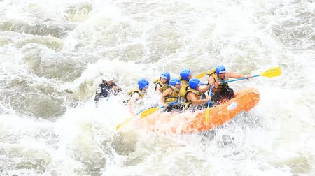 veslování : White water rafting on the rapids of the river Patate,Ecuador.