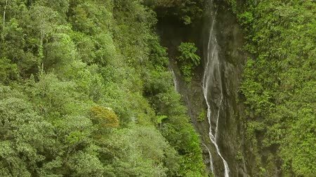 Анды : Hidden waterfall or Cascada Escondida in Ecuadorian Andes, Banos de Agua Santa Стоковые видеозаписи