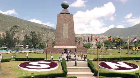 greenwich : QUITO, ECUADOR - 5 APRIL 2015: Visitors at Center Of The World monument in QUITO on APRIL 5, 2015 Stock Footage