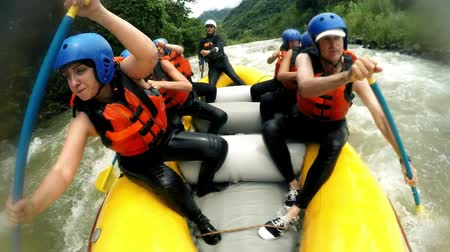 rzeka : Immersive shot of rough whitewater rafting trip from onboard camera slow motion 120fps Wideo