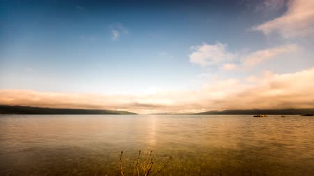 filmagens : Time Lapse video of Busko lake, 4K Stock Footage