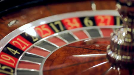 pago : casino, play roulette, the winnings are paid out. Vídeos