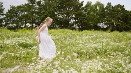kamilla : Girl Daisy Lawn Rotate Field Bloom Outdoor Nature. Happy Caucasian Female Child Whirl Blossom Glade. Cute Blond Long Hair Kid Enjoy Floral Landscape Flowers Landscape Free Time Activity
