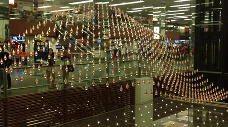 galeria : World lardgest kinetic art installation at Cangi airport, Singapore.