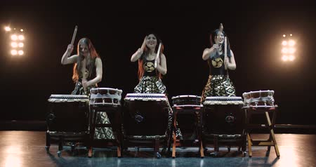 musical intrument : 4K, very epic performance of Japanese Taiko drummers on stage, various rhythm and movement, slow motion Stock Footage