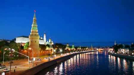 oroszország : Overview of downtown Moscow with Kremlin at night time Stock mozgókép
