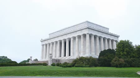 The Lincoln Memorial in Washington, DC in the morning Stock Footage