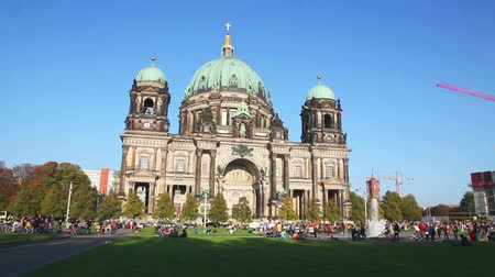 BERLIN - OCTOBER 3, 2014: Berliner Dom on October 3, 2014 in Berlin, Germany. Its the short name for the Evangelical Supreme Parish and Collegiate Church located on Museum Island in the Mitte borough. Stock Footage